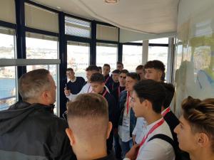 A.S. 2018.2019 - Classe IV Bc - Torre dei piloti di Napoli (6)