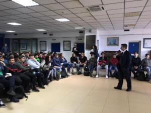 a.s. 2018/2019 - Incontro in Aula Magna con il Generale Carmine De Pascale, la Dott.ssa Mancusi e il referente per il Bullismo Prof.re Conti,